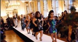 巴黎时尚周 侏儒女模