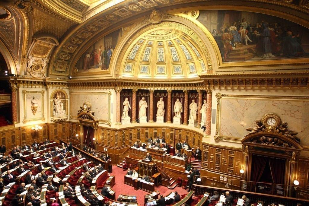 法国参议院所在地卢森堡宫