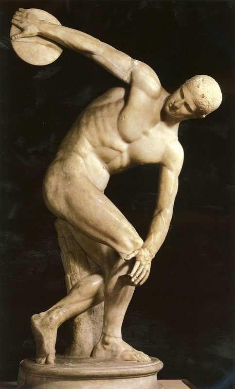 仿米隆(Myron)雕塑《掷铁饼者》,原作已佚,约西元前450年。(网络图片)
