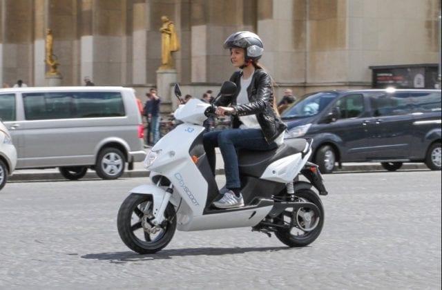 巴黎 电动摩托车共享
