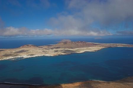 西班牙的格拉西奥萨岛是一个火山岛。(afrank99 / 维基百科)