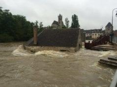 法国 巴黎 洪水