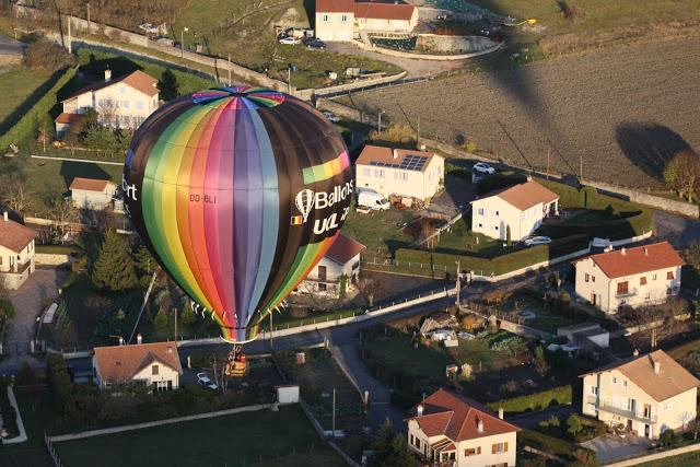 勒皮每年举行国际性热气球节。(张妮/大纪元)