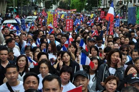 8月21日,华人万人游行队伍的壮观场面。(金湖/大纪元)