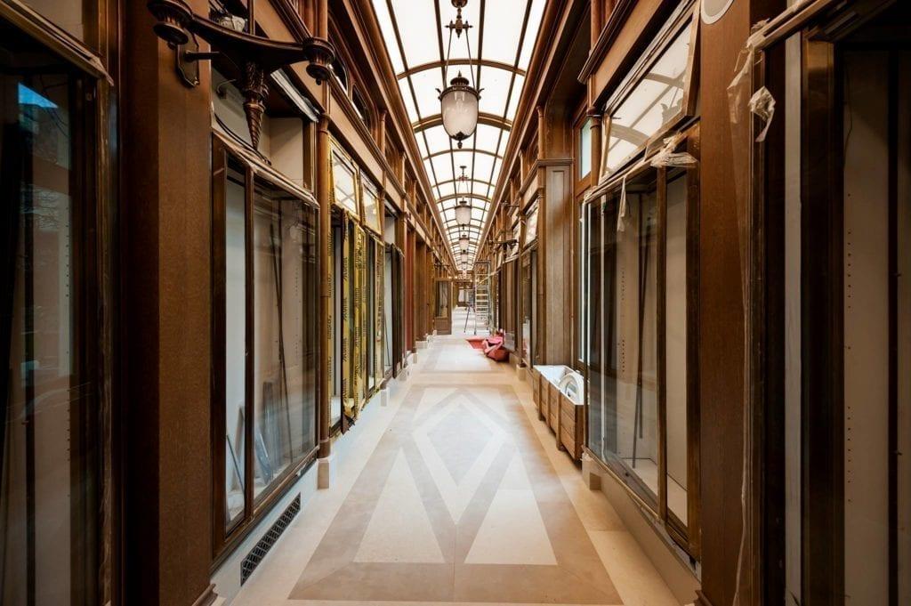翻修期间的酒店内部。(里兹酒店脸书)
