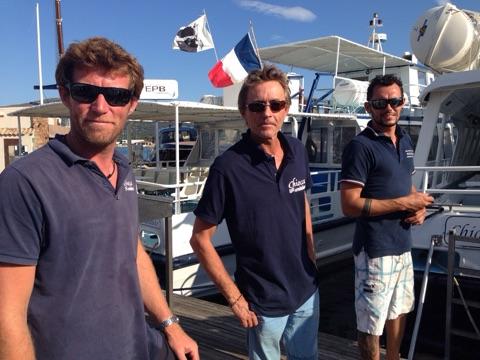 Laurent船长与他帅气的水手们。(李婉清提供)