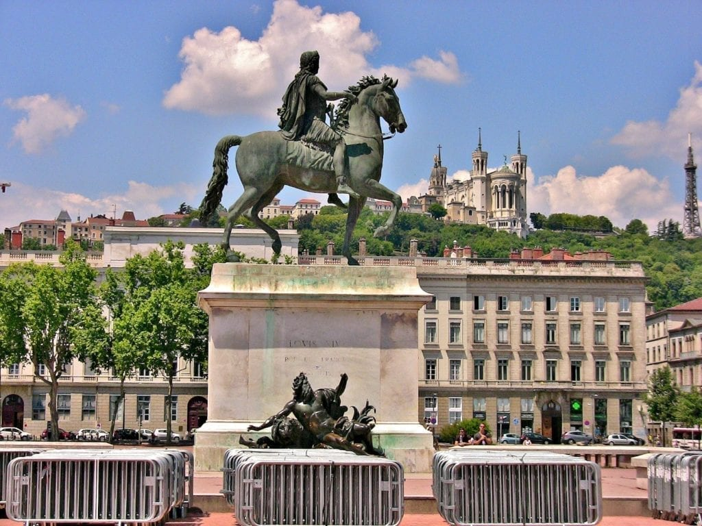 里昂白莱果广场(Place Bellecour)。(Flickr.com)