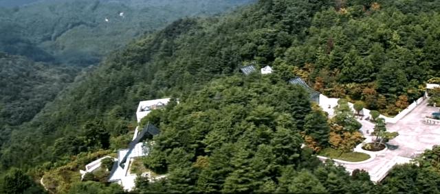 美秀美術館 : 一座巨大的桃花源,深藏山中20年不為人知(youtube截圖)