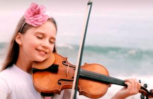 美國女孩Karolina Protsenko是一个音乐天才(表演者FB截圖)