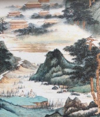 近代画家)张大千画的《晴霭仙阁》(局部)纸本设色109cm×60cm 笔者摄