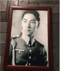 蒋纬国(instag截圖)