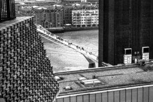 伦敦 泰特现代美术馆 :步行