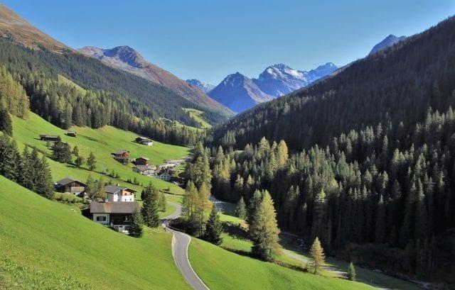 欧洲旅游:瑞士不只是如画一般的景色 当地人幸福指数也超高!(图片:pixabay)