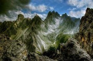 教科文组织世界遗产 阿尔卑斯山全景图(图片来源:pixabay)