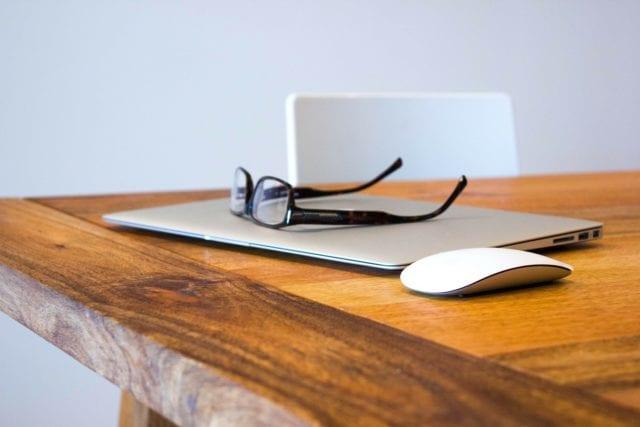 眼镜(pixabay)