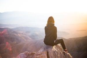 孤独的个体(图片来源:pixabay)