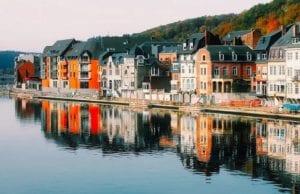 在疫情趋于稳定之后,6月15日,欧洲解封了旅游的限制。为此,比利时联邦公共事务外交部为人们提供了具体的旅行建议:哪些国家可以去?哪些国家不可以去?列上清单,一目了然。(pixabay.com)