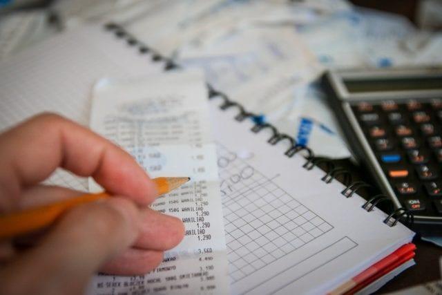 自7月28日起,全法国烟草店新添一项可为个人提供缴税、罚款及代付账单的业务。