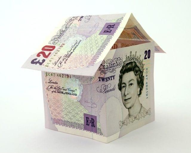 英国房东驱逐禁令再延期