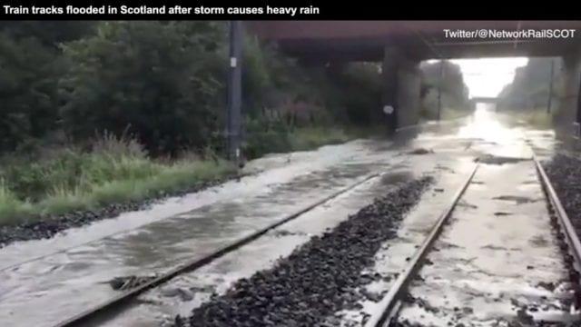 英国苏格兰部分地区已发洪灾。