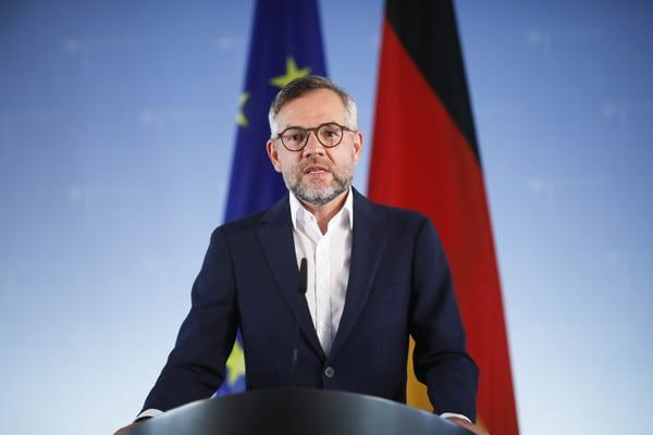 德国外交部欧洲部长罗斯