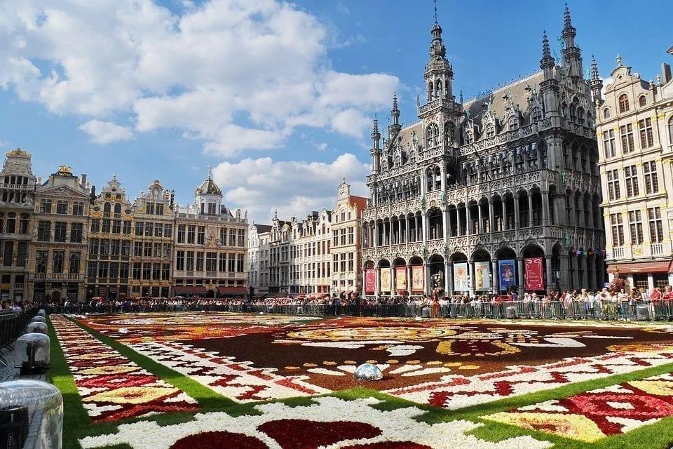 比利时公主、未来的女王伊丽莎白正在受到越来越多的国际上的关注。图为布鲁塞尔大广场。(图片来源:pixabay)